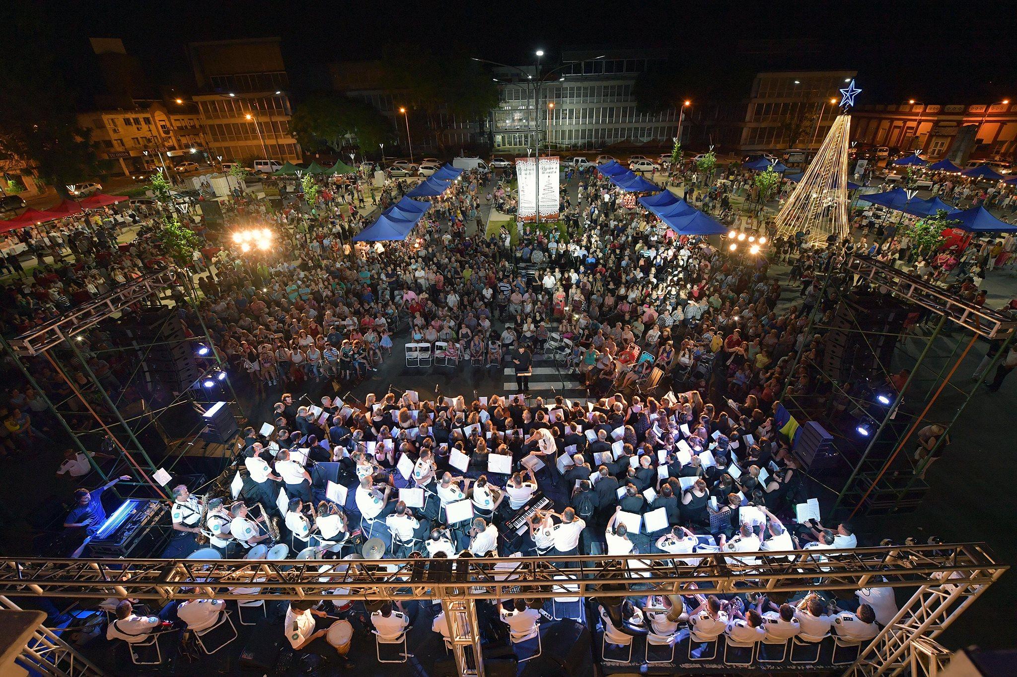 """Coros y Banda de Música de la Policía interpretaron """"La Misa Criolla"""""""