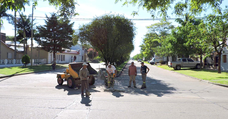 Sustitución de cloacas en Av. Uruguay