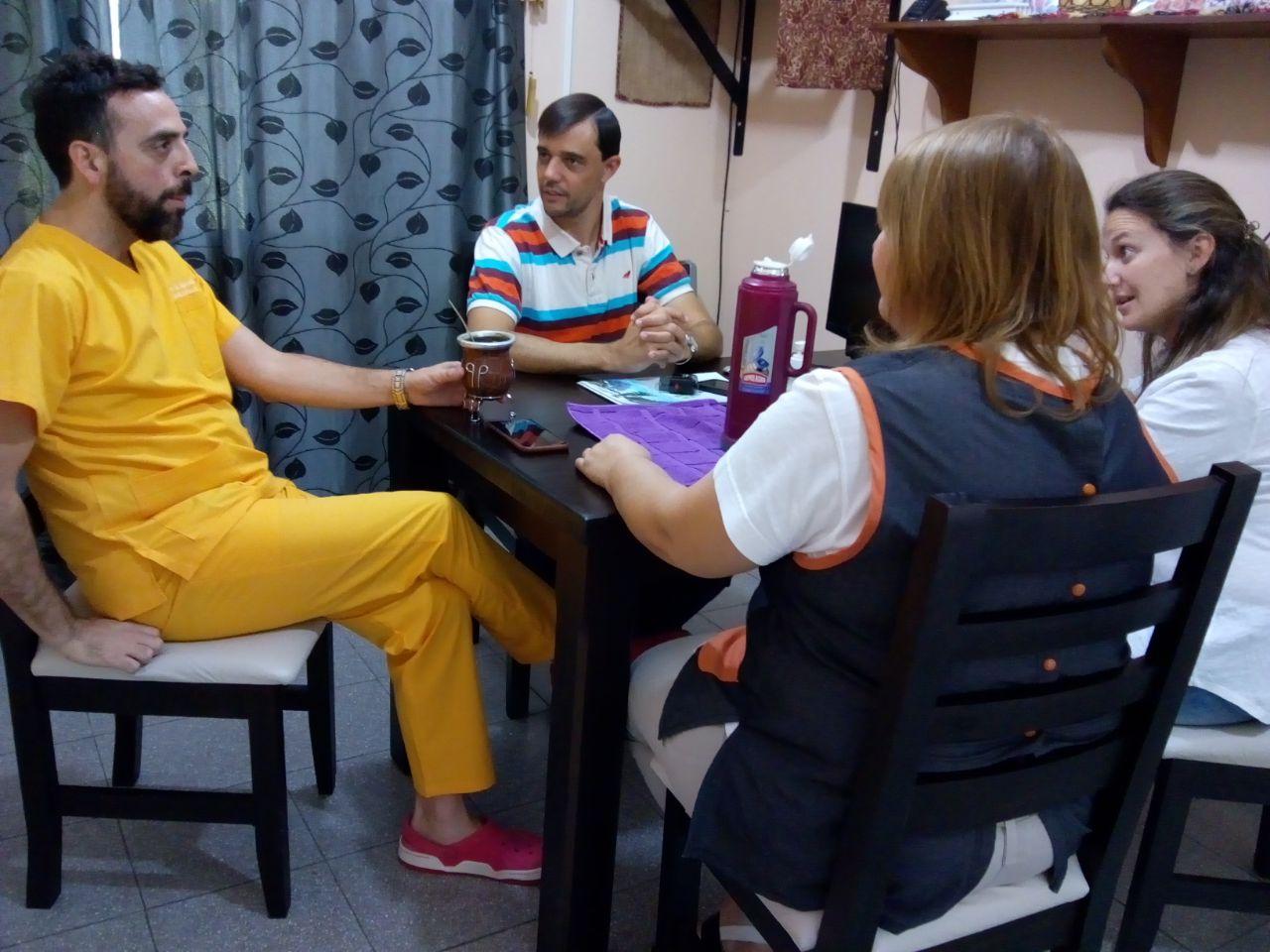 Firma de convenio de colaboración con el Hospital Miranda